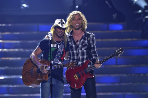 Bret Michaels and Finalist Casey James