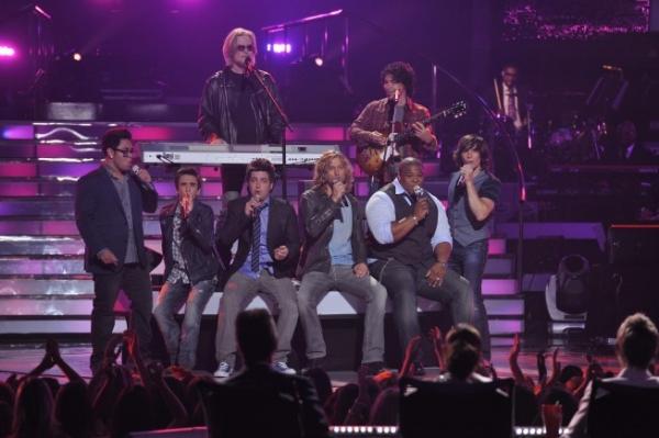 Idol Finalists Andrew Garcia, Aaron Kelly, Lee Dewyze, Casey James, Michael Lynche an Photo