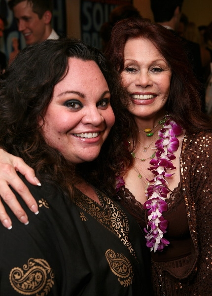 Keala Settle (L) and BarBara Luna