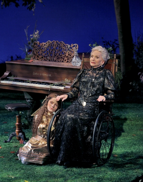(L to R) Vivian Krich-Brinton as Fredrika Armfeldt and Sian Phillips as Madame Armfeldt