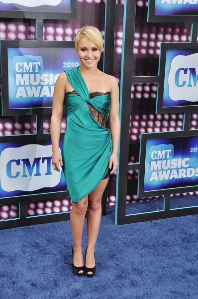 Hayden Panetierre at CMT Awards Red Carpet Arrivals!