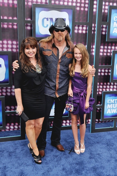 Trace Adkins and Family Photo