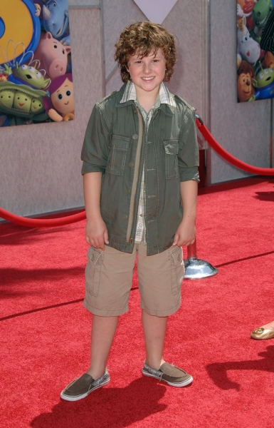 Nolan Gould Photo