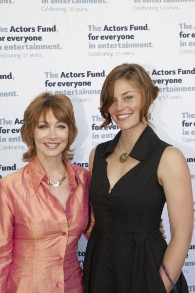 Sharon Lawrence and Cassidy Freeman