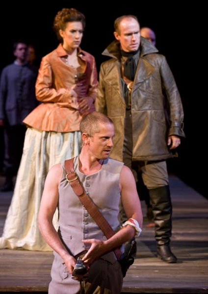 Jonno Roberts (center) as Edmund with Aubrey Saverino as Regan and Michael Stewart Allen