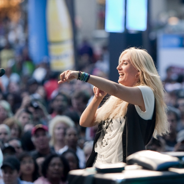 Photo Coverage: Luminato First Night