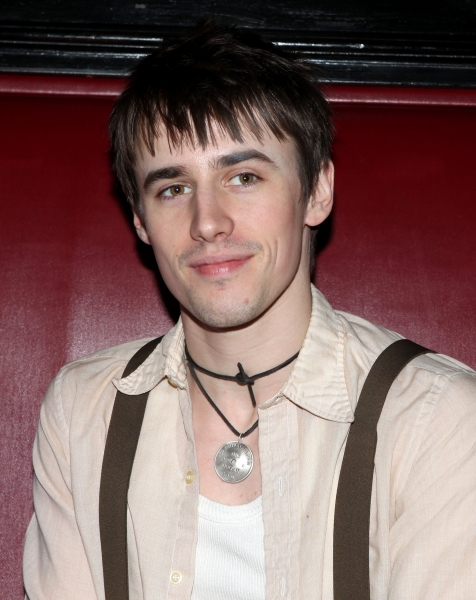 Reeve Carney Photo