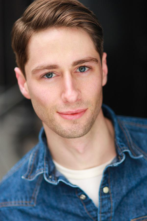 Daniel Rowan Headshot at