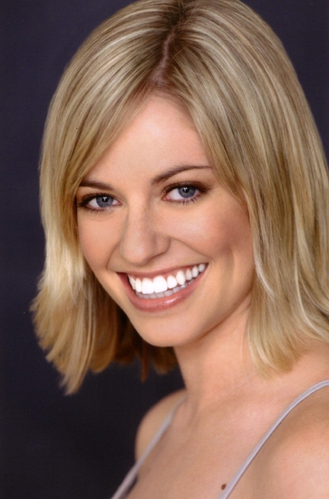 Natalie Bradshaw Headshot at