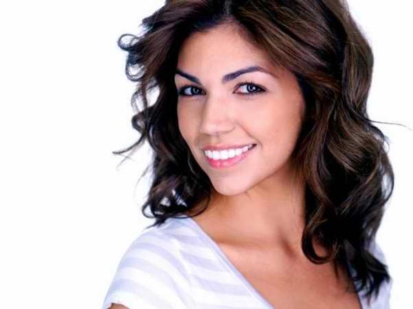 Isabel Santiago Photo