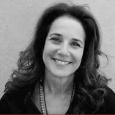 Debra Winger Photo