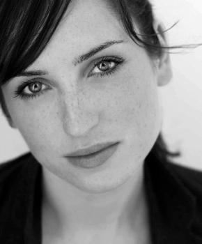 Zoe Lister-Jones Photo