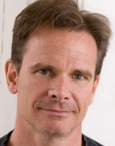 Peter Scolari Photo
