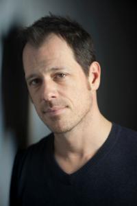 Darren Pettie Photo
