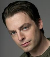 Justin Kirk Photo