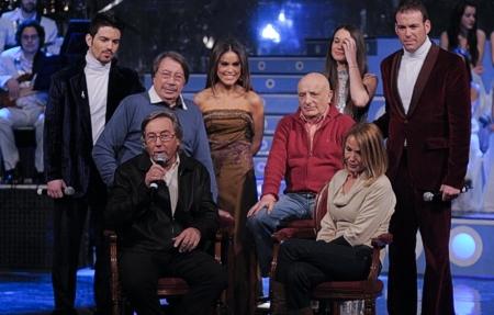 Atrás, Jon Allende, Fernando Navarrete, Maria, Paco Bello, Carmen Rodríguez y José Valhondo. Front: Eliseo Peris and Mª Amparo Rodríguez