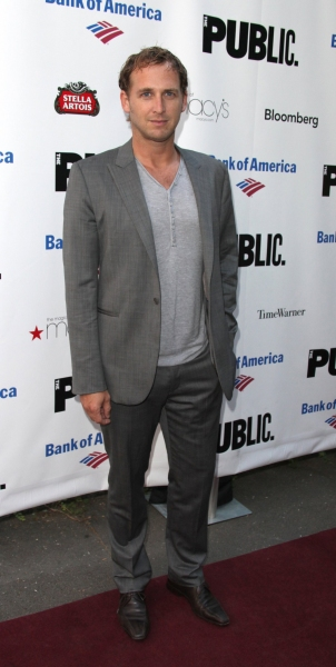 Photo Coverage: THE MERCHANT OF VENICE Celebrity Arrivals