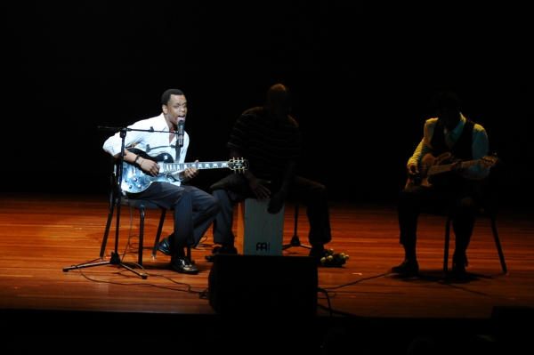 Photos: Kevin Mambo Performs at USC's Second Annual Tommy Awards