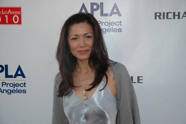 Photo Coverage: APLA Raises $235K with Art Auction