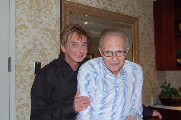 Photo Coverage: Larry King Visits Barry Manilow in Vegas!