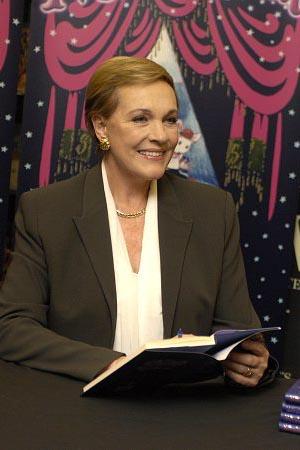 Julie Andrews at InDepth InterView: Julie Andrews Talks Despicable Me, Obama, GLEE, Hollywood & More!