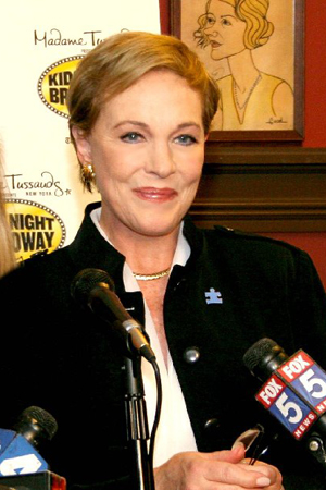 Julie Andrews at InDepth InterView: Julie Andrews Talks Despicable Me, Obama, GLEE, Hollywood & More!