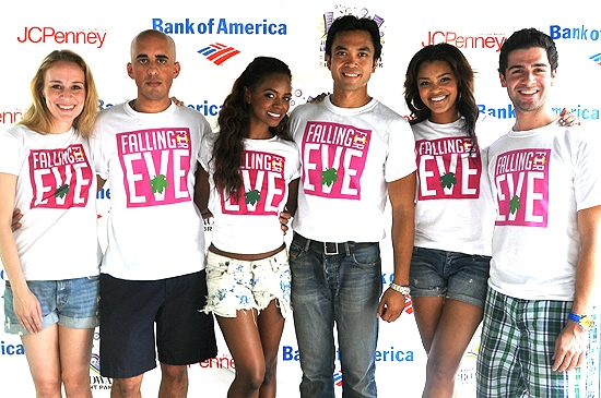 Jennifer Blood,Nehal Joshi, Krystal Joy Brown, Jose Llana, Sasha Sloan & Adam Kantor (Falling For Eve)