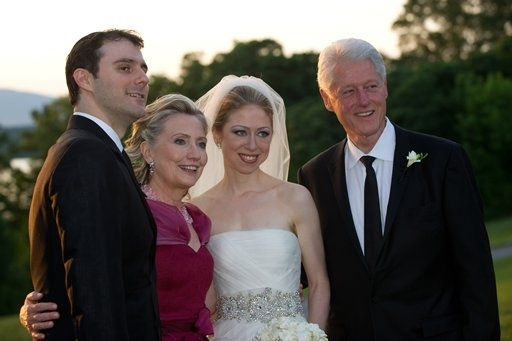 Marc Mezvinsky, U.S. Secretary of State Hillary Clinton, Chelsea Clinton and former U.S. President Bill Clinton