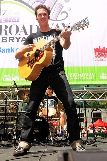Erik Hayden (Million Dollar Quartet)