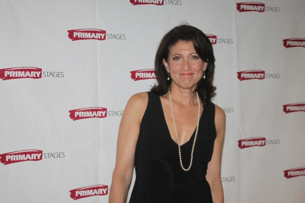 Amy Aquino Photo