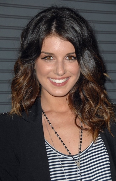 Shenae Grimes at GLEEKS, Ricci & More Attend Blackberry Torch Launch Party in LA