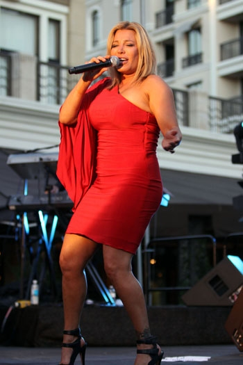 Photo Coverage: Taylor Dayne with Frenchie Davis & Jake Simpson at Summer Concert Series
