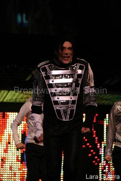 Photo Flash: Forever King Of Pop en Bilbao