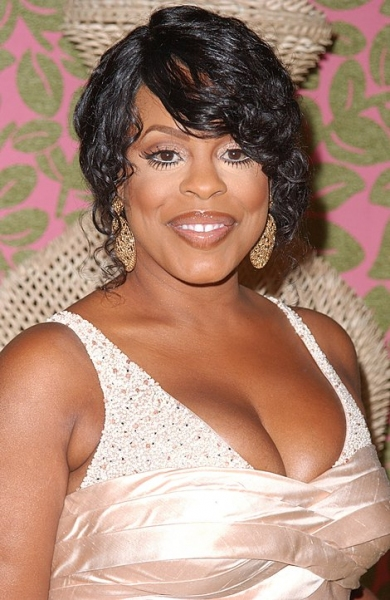 Niecy Nash at 2010 Emmy Coverage - HBO After-Party