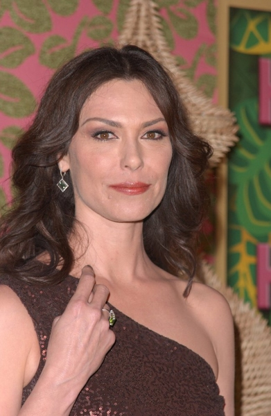 Michelle Forbes Photo