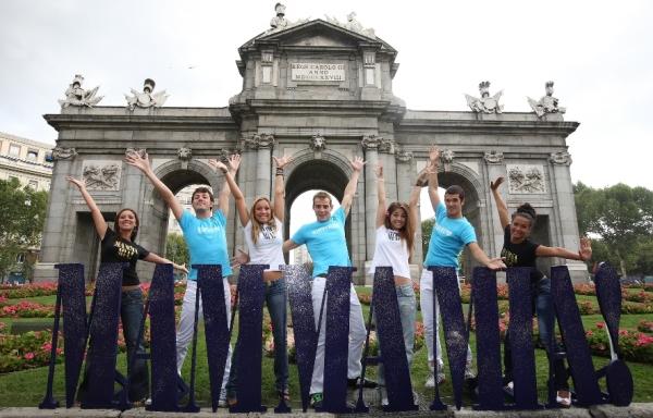 Isabel Olivera, Daniel Busquier, Adriana Vaquero, Alex ,Thalia del Val,Alberto Collado y Chanel Terrero