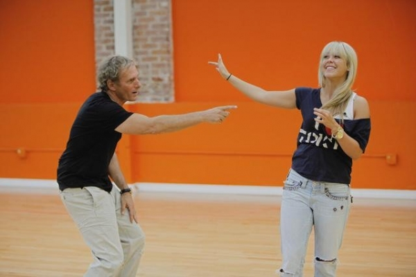 Michael Bolton and Chelsie Hightower at 'Dancing with the Stars' Reveals Rehearsal Photos