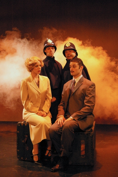 Photo Flash: Orlando Shakespeare Theatre Releases 39 STEPS Photos