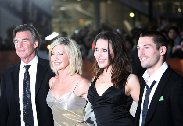 John Easterling, Olivia Newton-John, Chloe Lattanzi, and musician Crosby Loggins