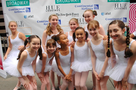 Photo Coverage: Broadway on Broadway 2010 Backstage - Part 1