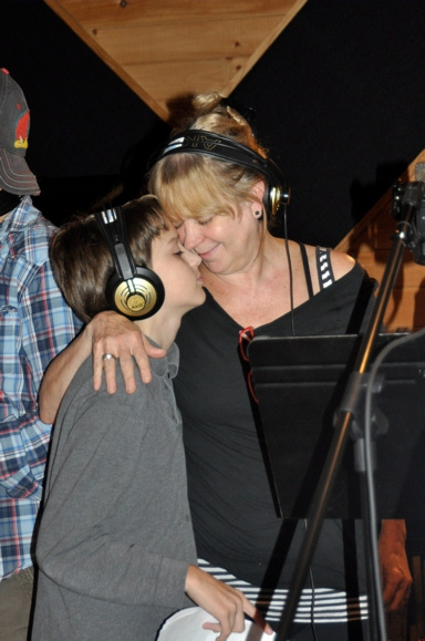 Photo Coverage: WICKED Records for 'Carols for a Cure'