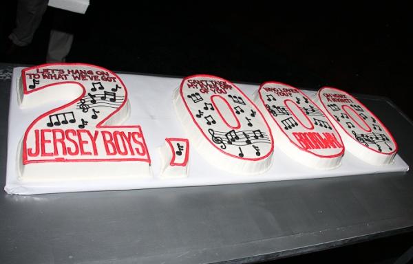 Photo Coverage: JERSEY BOYS Celebrates 2000 Performances on Broadway