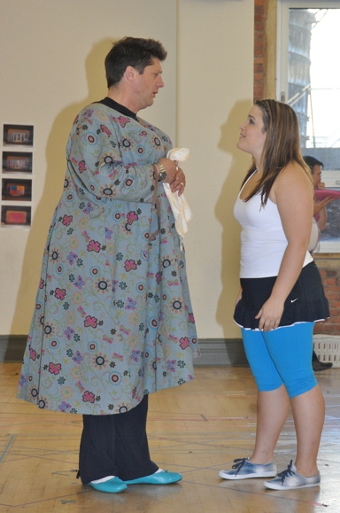 Photos: Paper Mill's HAIRSPRAY Meets The Press!