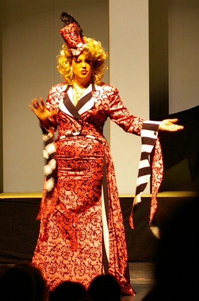 "Kelvin Amburgey, as ZaZa in La Cage Aux Folles, sings ""I Am What I Am"""