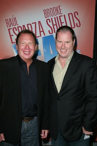 Garry Shandling (L) and writer Chris Henchy
