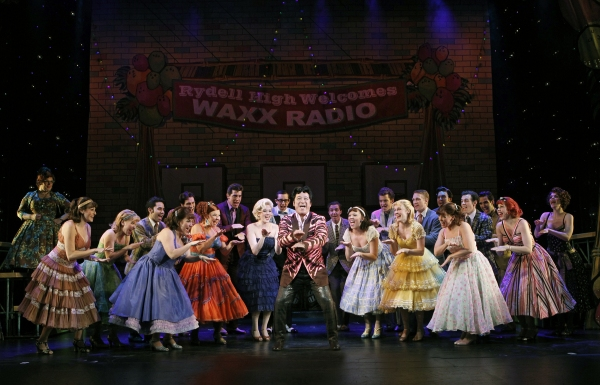 "Eddie Mekka & the cast of ""GREASE"" Hand Jive"