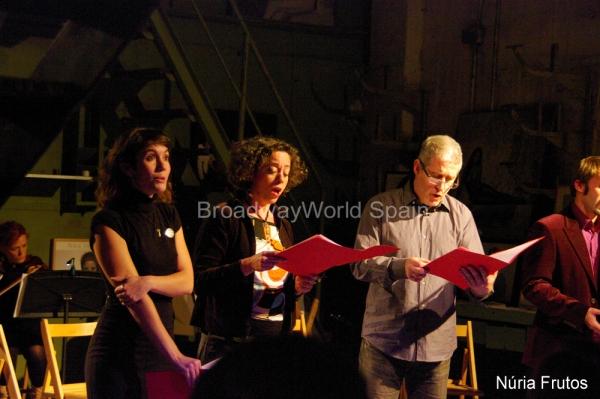 Mariona Castillo, Carmen Sánchez y Oscar Mas Photo