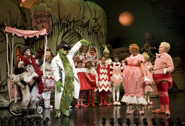 photo flash the grinch at the old globe theatre