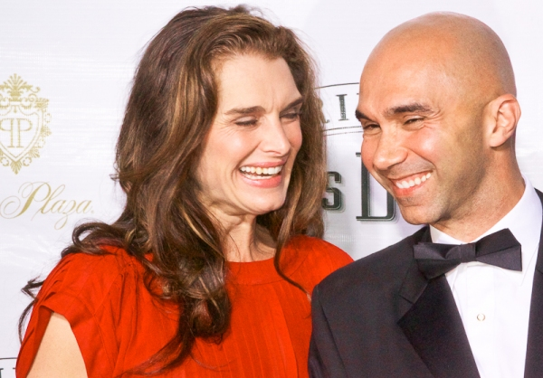 Brooke Shields & Shawn Emamjomeh at DAISY Red Carpet!