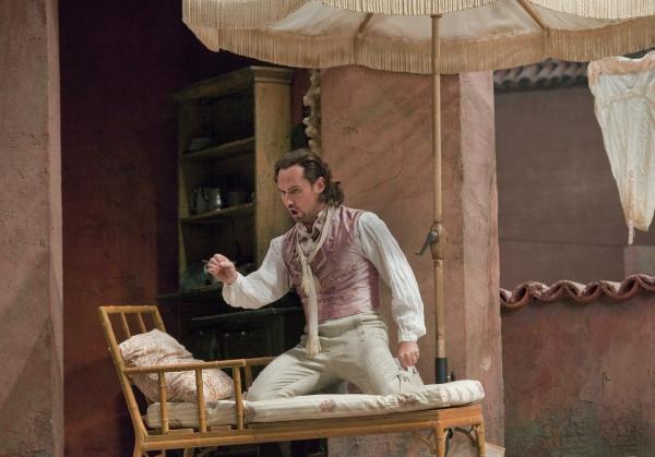 Photo Flash: Metropolitan Opera's DON PASQUALE